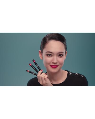 CHANEL Стойкая матовая помада-карандаш для губ Le Rouge Crayon De Couleur Mat. Фото 2